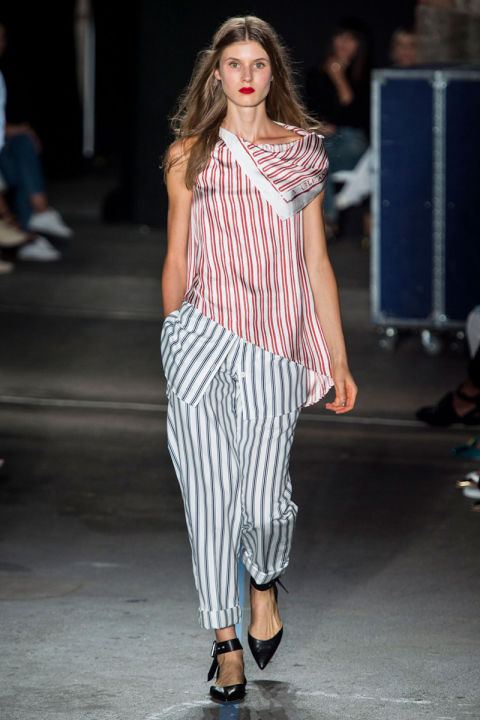 hbz-ss2017-trends-bold-bright-stripes-09-monse-rs17-0323