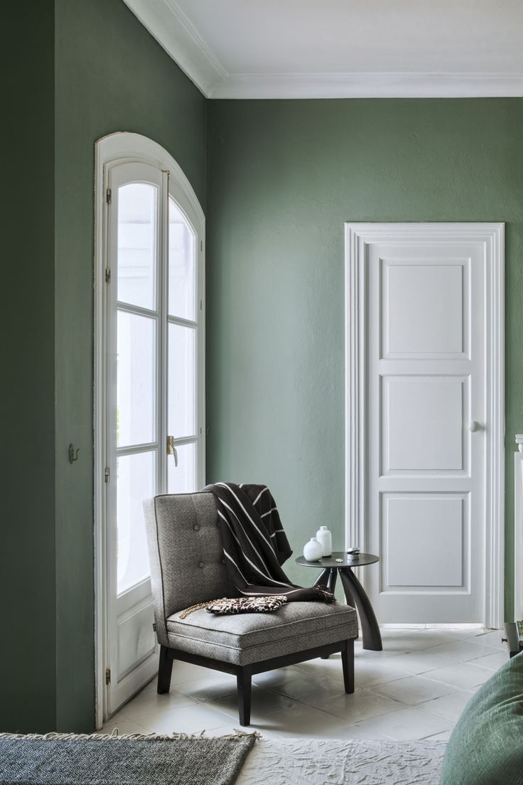 608f182a2fee6777cdea7c7004ea8bd8--green-bedroom-walls-dining-room-green-walls