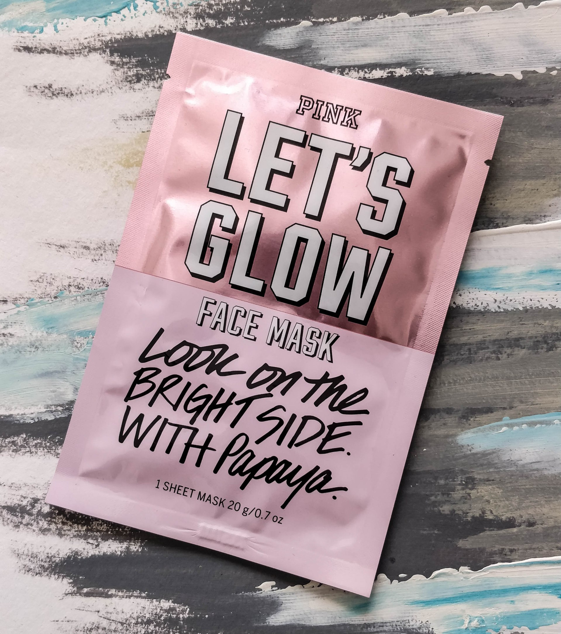Victoria's Secret Pink Let's Glow Face Mask